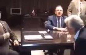 #VIDEO: OTRA TOMA DE SÁNCHEZ CORDERO CON JAIME BONILLA DICIENDO QUE CINCO AÑOS SON LEGALES