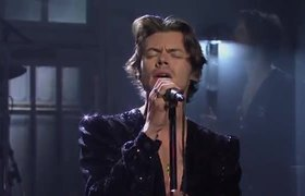 Harry Styles: Lights Up (Live) #SNL