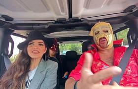 ANA BARBARA & Escorpión Dorado al volante, con el himno se equivoca pero conmigo no!