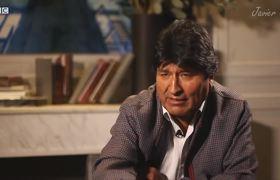 Entrevista a Evo Morales casí termina en PELEA