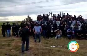 NO estamos apoyando al mugroso de El Marro : Gente de El Mayo en Guanajuato