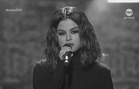 Selena Gomez interpretando