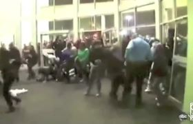 Black Friday Shopping Chaos [Super Cut Compilation]