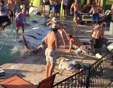 Fight at pool party in the United States