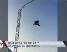 Captan en vídeo cómo un niño sale disparado de una resortera | Al Rojo Vivo | Telemundo