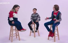 #OMG; Children meet a small person for the first time