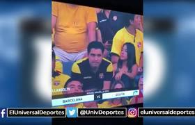 Kiss Cam expone a infieles durante la Noche Amarilla del Barcelona de Guayaquil