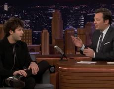 The Tonight Show: David Dobrik Reenacts the Moment Justin Bieber Tickled Him at the Club