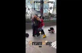 #VIRAL: Minnie Mouse vs Security Guard Las Vegas