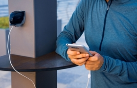 Stations to charge cell phones in public could steal your information