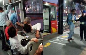 #VIRAL: Borracho asoma la cabeza en Metrobús, puertas lo atrapan