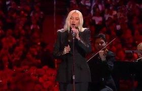 Christina Aguilera CANTA 'Ave Maria' en Memorial de Kobe & Gia Bryant