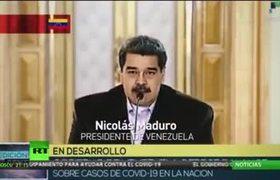 Mexico la Burla del Mundo: Todos los presidentes toman precauciones contra el Covid-19 y AMLO jugando con amuletos de la cartera