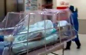 Llegada de paciente con coronavirus a la Clinica 20 del IMSS en Tijuana