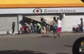 Saqueos en Tienda Elektra en EdoMex