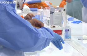 You criticize the measures implemented against the coronavirus in the United Kingdom.