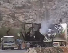 Raw Video Car bomb attack on TurkeySyria border