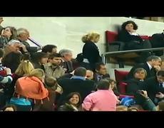 Besos de Shakira a Pique en el Partido FC Barcelona