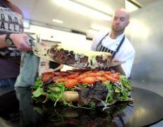 La hamburguesa más grande de Gran Bretaña tiene 25000 calorías