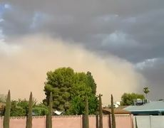 Warns of Dust Storm