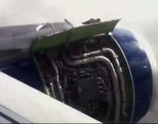 Avión aterriza de emergencia en Londres pasajero graba el aterrizaje y la evacuación