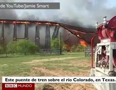 Collapse of a bridge on fire in Texas