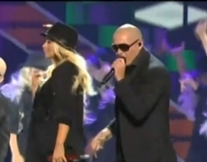 Pitbull Opens Kids Choice Awards With Christina Aguilera 2332013