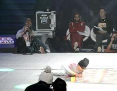 Niño de 6 años Bailando Breakdance