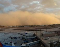 Images sandstorm in Phoenix Arizona