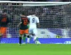 Real Madrid vs Valencia 1 0 Gol de Benzema 15012013 HD