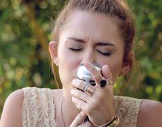 Miley Cyrus Jolene The Backyard Sessions Live