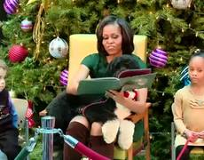 Bo Upstages Michelle Obamas Reading Twas The Night Before Christmas