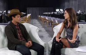 539e9a353f1 2012 Victorias Secret Fashion Show Miranda Kerr and Bruno Mars Backstage