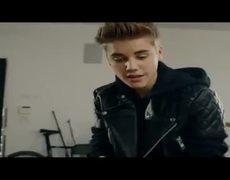 DRUMS TEASER justin Biebers GIRLFRIEND
