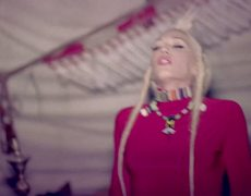 No Doubt Looking Hot Official Music Video