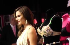 2e2addc4470 VS Summer 2012 Fragrance Shoots Behind the Scenes HD 2012 - Videos ...