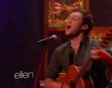 Phillip Phillips Performs Home On The Ellen Show