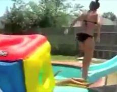 Las Chicas en Bikini FAIL