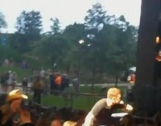 Scotty McCreery live 3 and falls off stage Concert Live