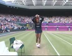 Serena williams CRIP walk after beating Maria Sharapova