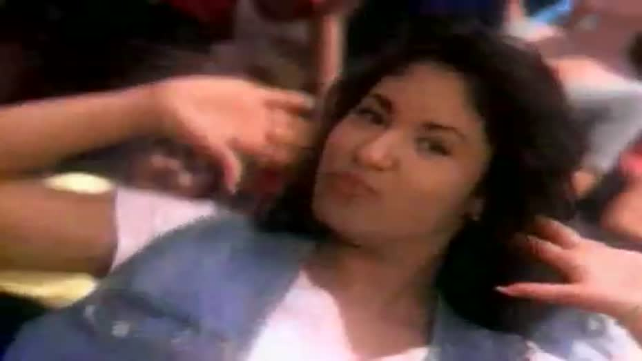 Selena Bidi Bidi Bom Bom Official Music Video Videos Metatube