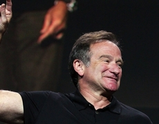 Robin Williams talks about suicide in 2010