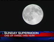 Super moon lights up sky