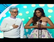 2014 Teen Choice Awards Bethany Mota Tyler Oakley Acceptance Award Speech