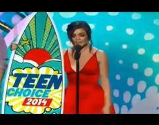 2014 Teen Choice Awards Lucy Hale Acceptance Award Speech
