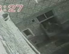 Hampton Court Ghost Caught on Tape