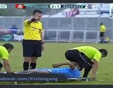 FAIL Bum in the face Internacional vs Confianca