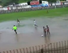 Water soccer