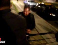 Joven es arrestado por filmar acto delictivo de un policía