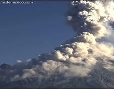 Enorme explosión del Volcan de Colima (21 de enero 2015)